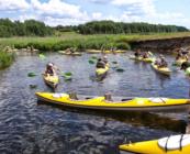 Spływ kajakowy na obozie